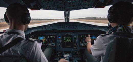 cuanto cobra un piloto