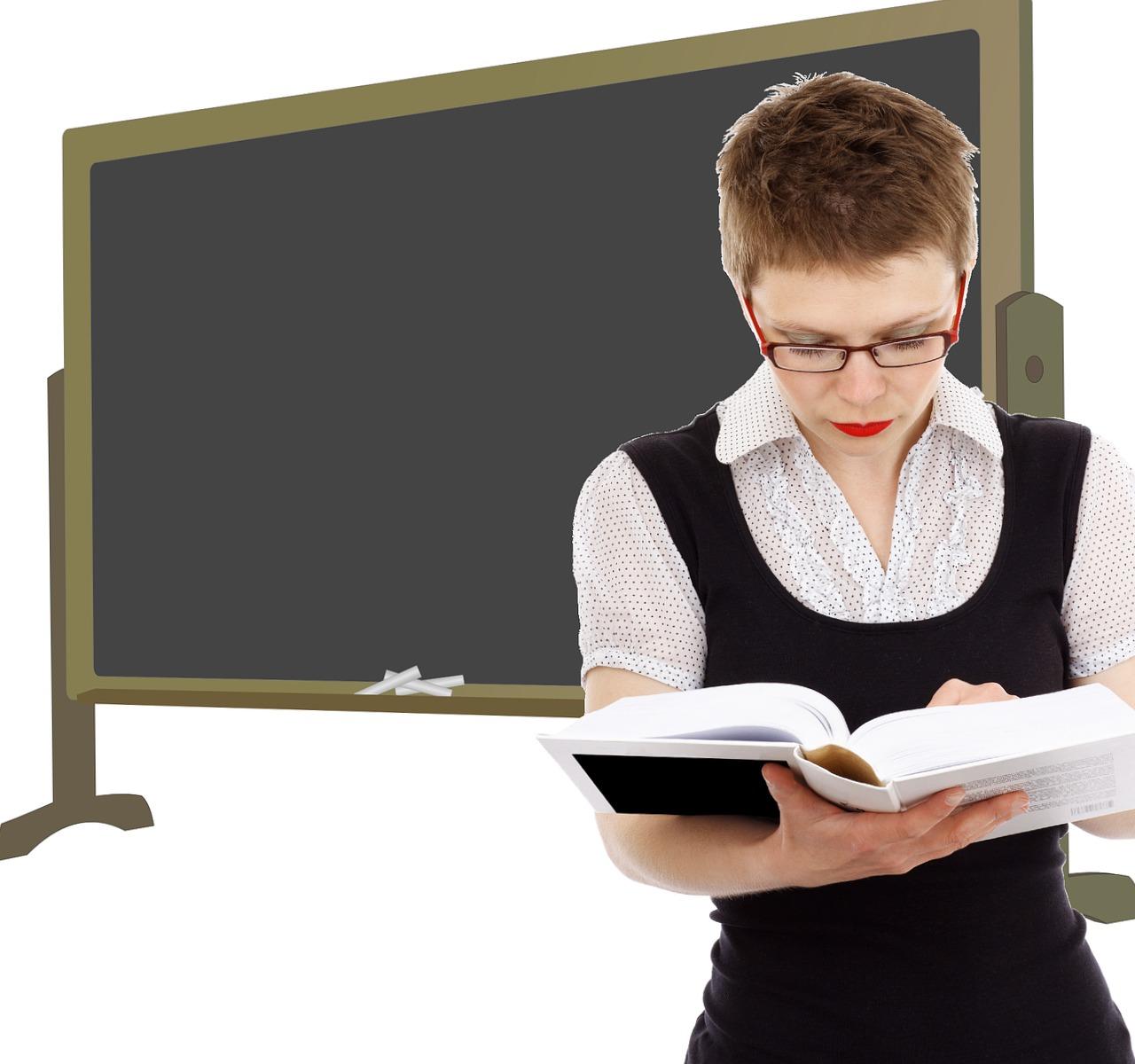 cuanto cobra un profesor